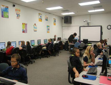 CRS Computer Class 432X331